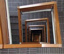 escalera protegida libre de humos